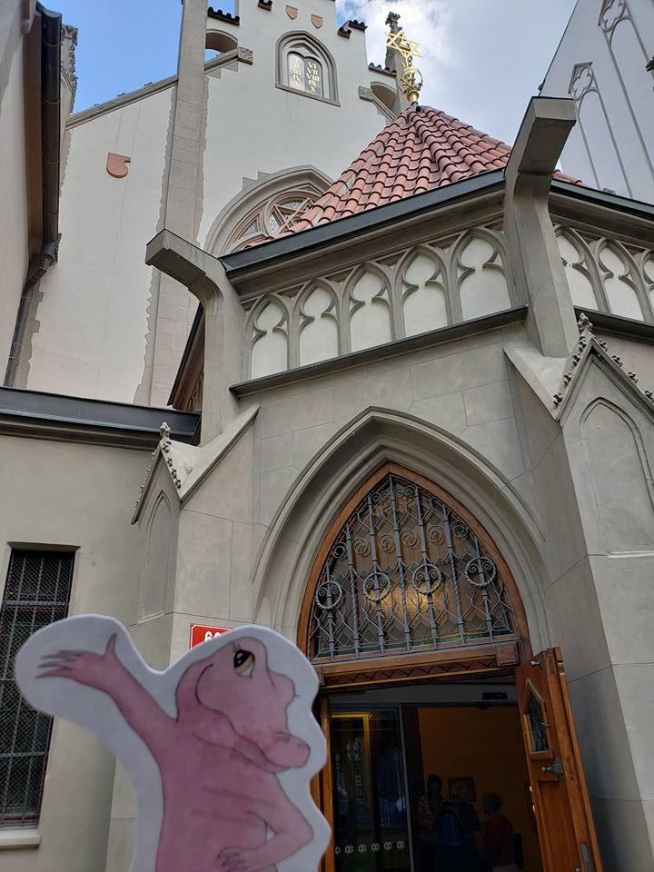 Flat Rose Travels Landy Maiselova synagogue May 2018