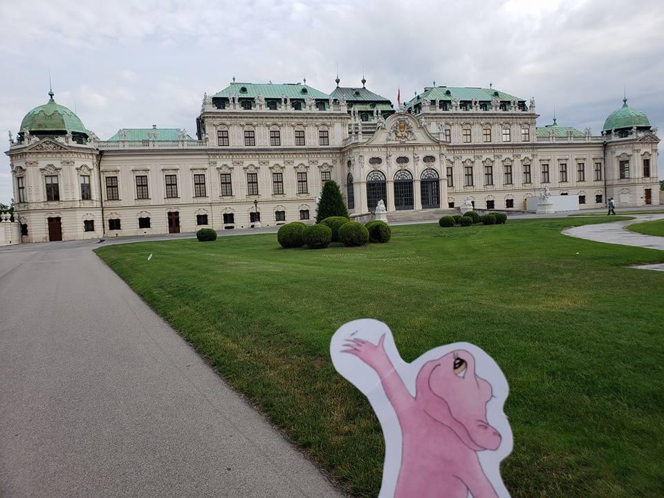 Flat Rose Travels Landy Vienna Upper Belevedere May 2018